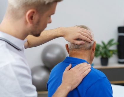 Franklin Rehabilitation Offers Neck Pain Treatment